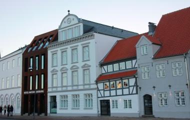 Kayser's Hof: Liebevolle Neugestaltung der zuvor abbruchreifen Fassade