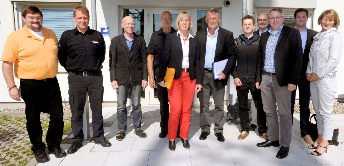 Mit Reimer Böge, MdEP, und anderen in der Leitstelle Harrislee