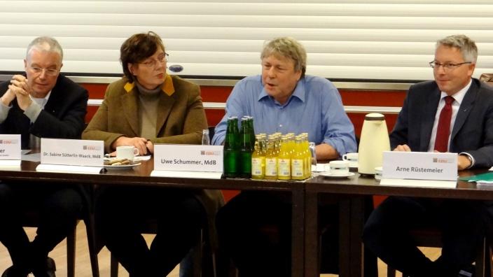 Teilhabeexperte Uwe Schummer, MdB, im Gespräch in Flensburg